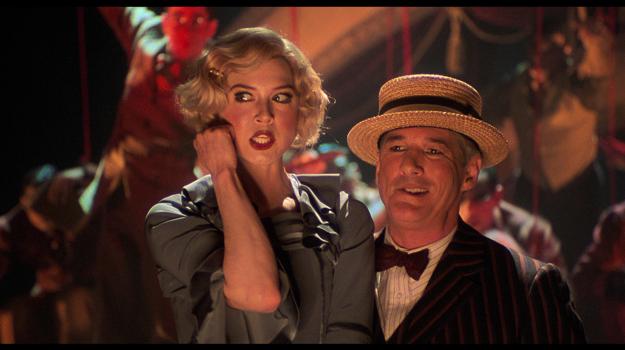 V postave Roxie si v strhujúcom muzikáli Chicago (2002) po boku Richarda Gera trúfla bez extra prípravy aj na veľkolepé tanečné a spevácke výkony.
