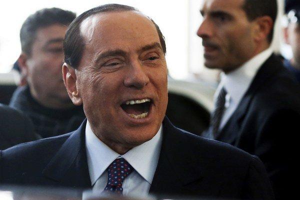 Berlusconi sa môže tešiť, súd ho oslobodil.
