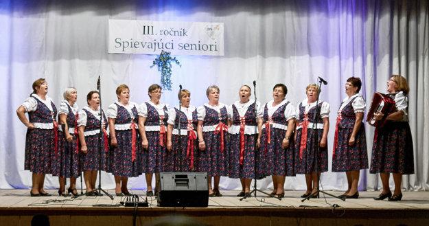 Ženský spevácky zbor z Rabče Marana Tha.