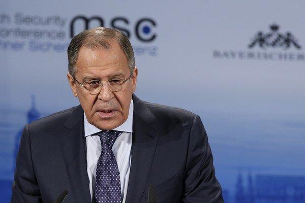 Ruský minister zahraničných vecí Sergej Lavrov počas prejavu.