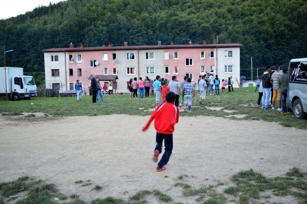 Bytovka v rómskej osade Lenartov.