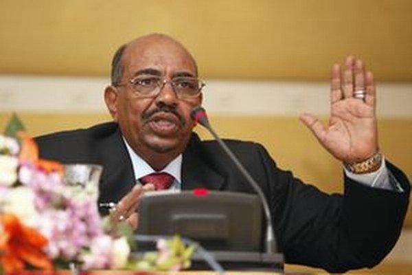 Umar al-Bašír ja na návšteve v Líbyi.