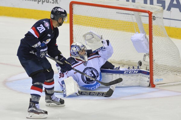merický hokejový útočník Jeff Taffe sa vrátil do Slovana Bratislava.