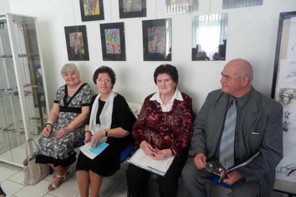 Členovia Literárneho klubu Generácie.