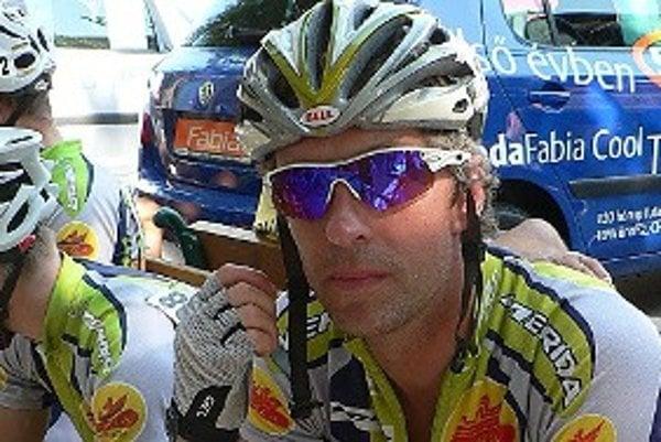 Cyklistika je podľa Pavla Polievku najmä o morálke a vôli. Na bicykli sedí až na občasné výnimky každý deň.