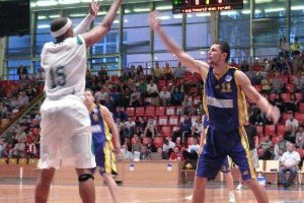 Basketbalisti BC Prievidza porazili súpera BK Breda & Weinstein Opava 81:69.