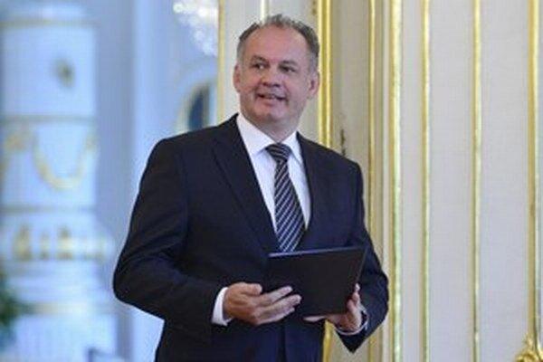 Prezident SR Andrej Kiska sa v piatok zúčastnil na slávnostnom vyradení kadetov Akadémie ozbrojených síl v Liptovskom Mikuláši.