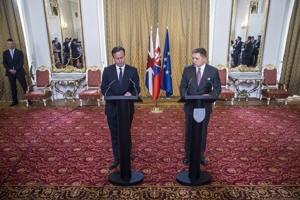 David Cameron a Robert Fico.