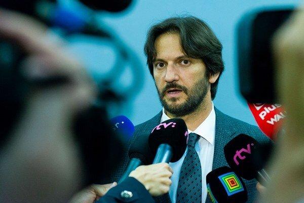 Minister vnútra Robert Kaliňák počas brífingu po rokovaní vlády v Ružomberku.