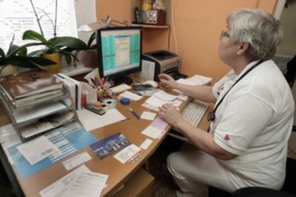 Priemerný vek všeobecných lekárov na Slovensku je 57 rokov.
