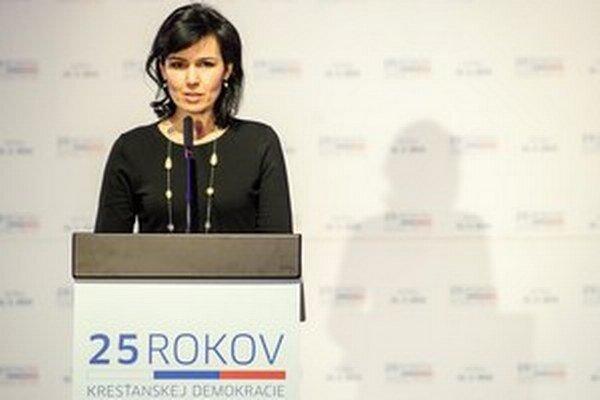 Po referende už hovorkyňa KDH Natália Žembová.