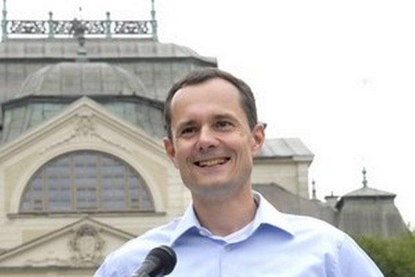 Líder strany Sieť Radoslav Procházka.