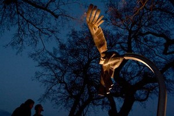Pamätník obetiam extrémizmu na mieste, kde zabili Daniela Tupého.