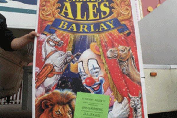 Na plagátoch cirkusu Aleš boli letáky Humberta.