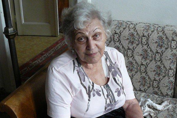 Bibiana Wallnerová (1932 – 2014) napísala Ochrana domu, Sigillum Mortis, či Láska i zdravie idú cez žalúdok.