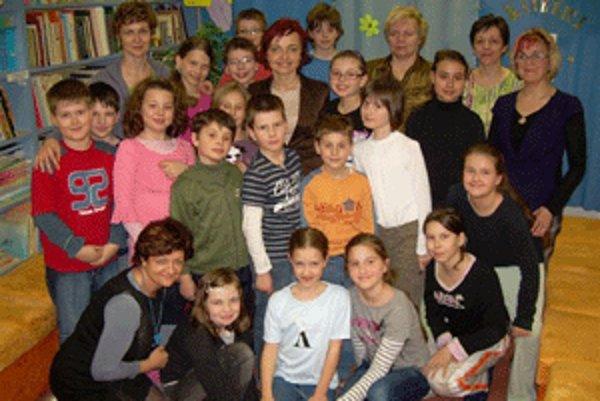 V knižnici navštívila deti aj primátorka Prievidze Katarína Macháčková.
