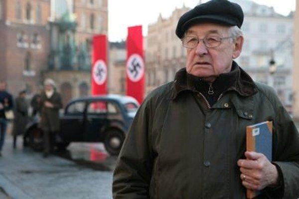 Andrzej Wajda pri nakrúcaní filmu Katyň.