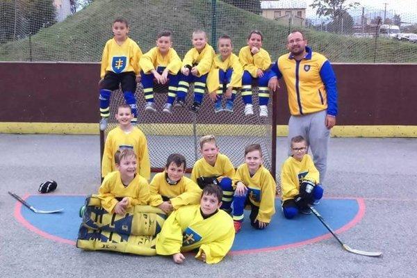 Topoľčany U10 na prvom turnaji prehrali tri zápasy.
