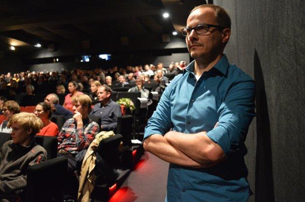 Režisér Tomáš Kudrna.