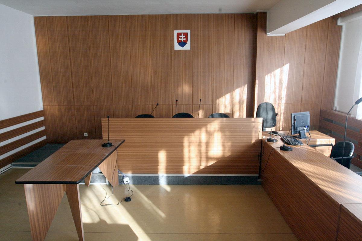 Kauza platinových sít sa vracia na prvostupňový súd - domov.sme.sk