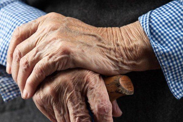 Priemerný vek našich mužov sa má do roku 2060 predĺžiť až o desaťročie.