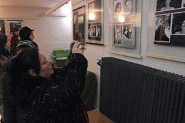V novej galérii sú na desiatich paneloch vystavené fotky.