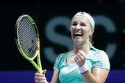 Svetlana Kuznecovová sa teší z víťazstva nad Karolínou Plíškovou.