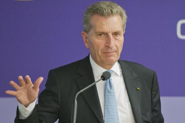 Eurokomisár Günther Oettinger.