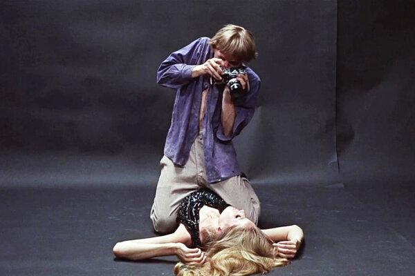 Hneď po uvedení v roku 1966 sa Zväčšenina stretla obrovským komerčným úspechom, ktorý sa režisérovi už nikdy nepodarilo prekonať, hoci nakrútil ďalšie veľmi oceňované snímky.