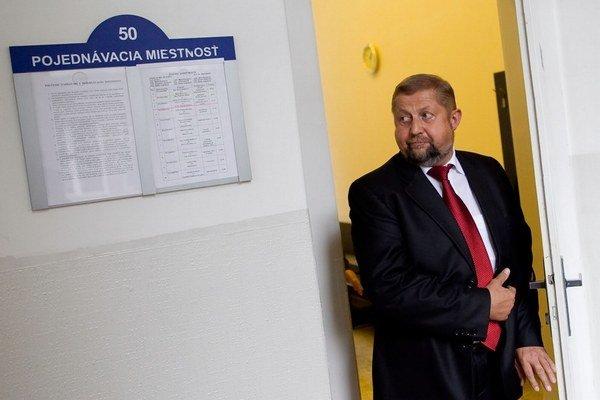 Svojmu synovi Branislavovi vraj Štefan Harabin dveredo justície neotvoril. Podľa štatistík má každý piaty sudca v justícii blízkeho.