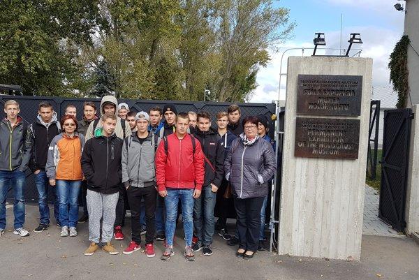 Technici navštívili Múzeum holokaustu vSeredi