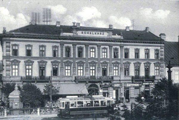 Hotel Schalkhaz.