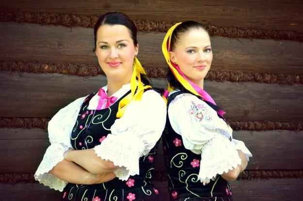 Najnovšie prišlo sestrám pozvanie na prehliadku folklórnych skupín a hudieb z celého sveta do Macedónska.