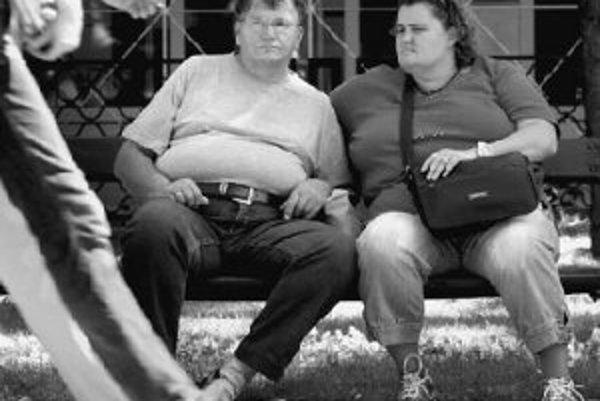 Jedným z rizikových faktorov cukrovky je zlý spôsob stravovania a jeho dôlsedok - nadváha až obezita. ILUSTRAČNÉ