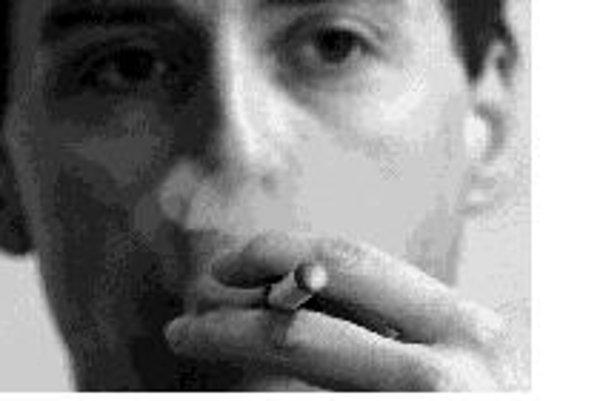 V blízkej budúcnosti sa budú vyrábať bezpečnejšie cigarety. Cieľom je znížiť počet požiarov, ktoré spôsobujú nepozorní fajčiari. ILUSTRAČNÉ
