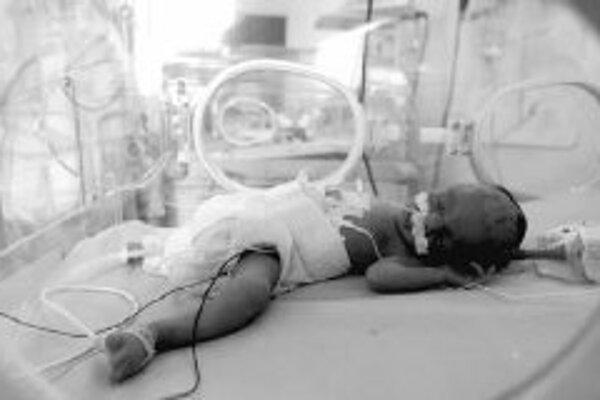 O možných zdravotných problémoch rozhoduje aj hmotnosť novorodenca a spôsob stravovania dieťaťa. Nedonosené deti majú v dospelosti dvojnásobne vyššiu úmrtnosť v dôsledku kardiovaskulárnych ochorení než bežná populácia. ILUSTRAČNÉ