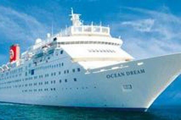 Výletnej lodi Ocean Dream odmietli vstup do dvoch prístavov.