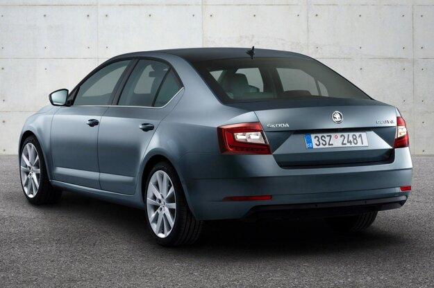 Upravený dizajn má aj zadná časť Octavie. Na pohon novej Octavie slúži deväť motorov, novinkou sortimentu je jednolitrový benzínový trojvalec s maximálnym výkonom  85 kW.