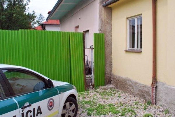 Z domov zmizli veci v hodnote 18 -tisíc eur.