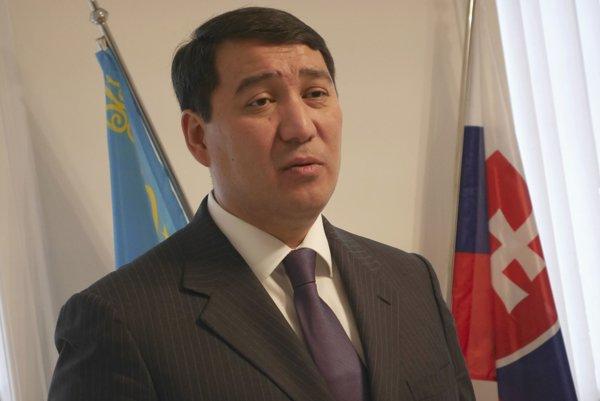 Kazašský veľvyslanec Seržan Abdykarimov.