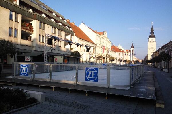 Klzisko je predzvesťou Vianočných trhov.