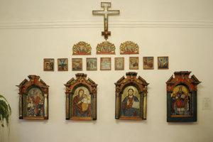 Na snímke interiér kaštieľa, neúplný ikonastas z obce Runina, polovica 18. storočia.
