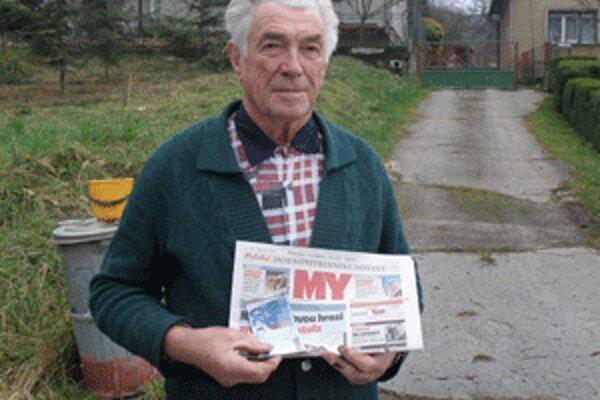 Karol Franc z Radobice odoberá noviny už niekoľko rokov.