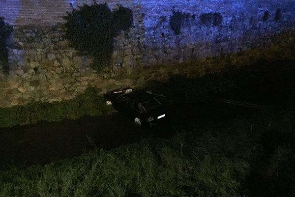 Auto skončilo v Trnávke.