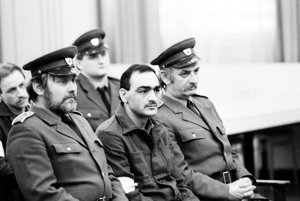 Na snímke je obvinený Tibor Polgári počas súdneho procesu.