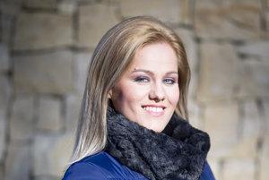 Dabingová aj divadelná herečka Andrea Kiráľová Somorovská je momentálne na materskej dovolenke, do dabingového štúdia si však odskakuje pravidelne.