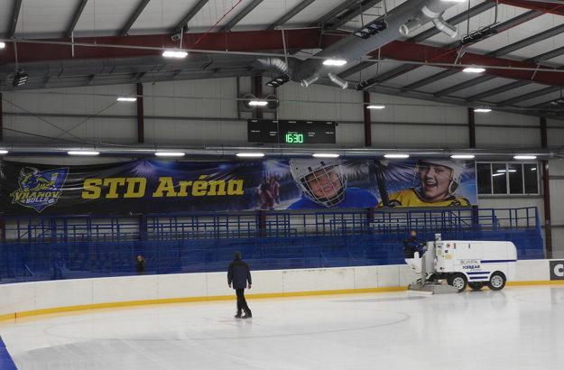 Nový hokejový štadión vo Vranove je už takmer kompletný.
