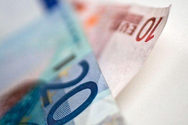 Priemerný úrok na nových hypotékach v júli prekročil 2,5 percenta.