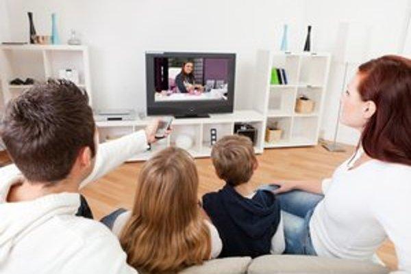 V budúcnosti by ste si mali naplánovať pozeranie televízie na čas, keď je elektrina najlacnejšia.