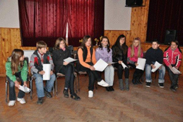 Deviatka finalistov v súťaži Hrdlička 2011.